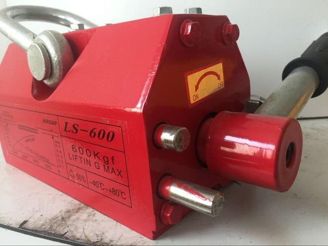 LS-600手动永磁起重器.jpg