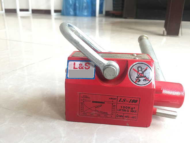 LS-100手动永磁起重器.jpg